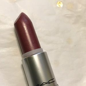 Mac Lustre Lipstick 'Soft Pause.'